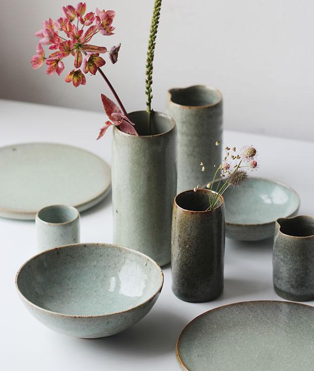 clays Narrow vases